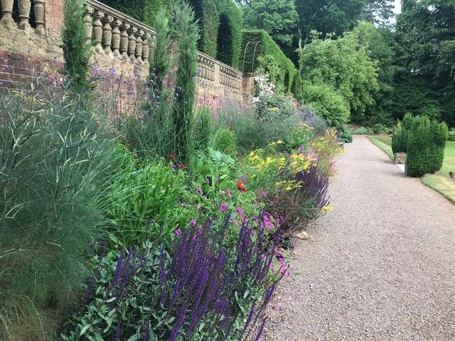 sidbury manor borders